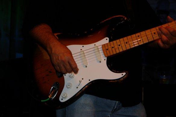 GuitarSlinger3