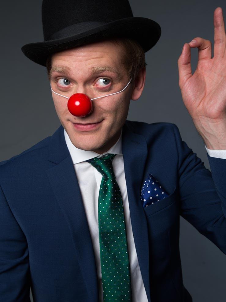 Clown (Archive)