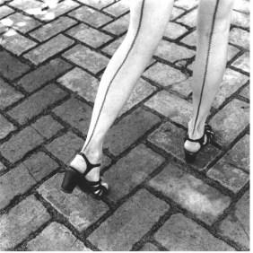graciela-iturbide-mexico-legs
