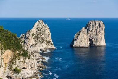 Les fameux Faraglioni de Capri