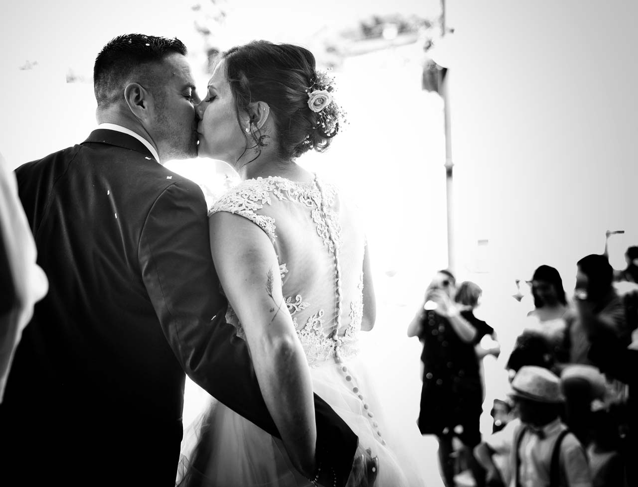 Le baisé des mariés
