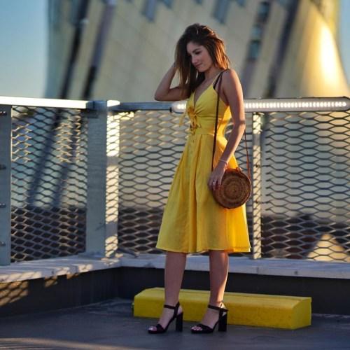 Eva robe jaune