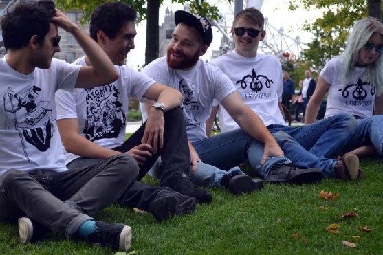 Group-sitting-better