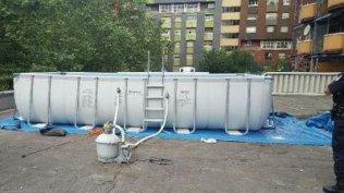 ...toit de l'espace commercial fermé pour cause d'insécurité ( photo France 3)