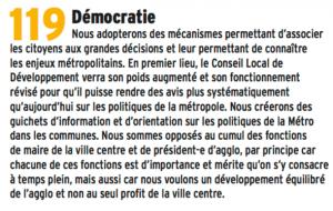 """Les """"citoyens"""" n'ont évidemment été associés à rien des décisions de la Métro ( zone 30, vignette autos, interdiction aux 400 voitures des plus pauvres, fermeture d'Agutte Sembat...)Il n'y a pas de """"guichet d'information et d'orientation sur les politiques de la Métro """"(!) à Grenoble. Côté non cumul E.Piolle a préféré une marionnette à la tête de la Métro (Ferrari PS) plutôt qu'un membre de son groupe qui était le plus important afin de faire passer les pilules et signer les chèques par un autre que lui"""