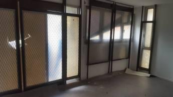 E.Piolle (Verts/PG) président de l'OPHLM a fait poser des grilles de protection dans les appartements !
