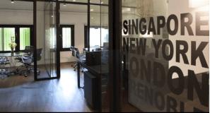... et ses bureaux de Singapour