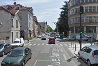 Feux piétons supprimé rue Ampère ...
