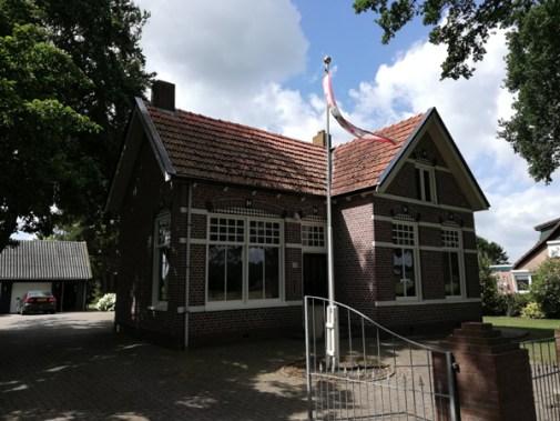 Het voormalig dounanekantoor in Zwartemeer