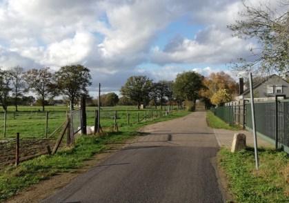 Een grensovergang ten zuiden van Stramproy