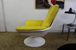 yellow-chair-4