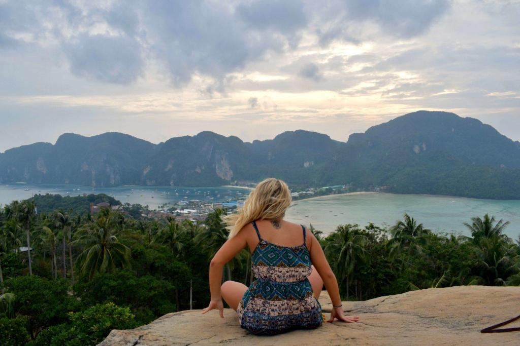 Watching the sunset from Phi Phi Viewpoint