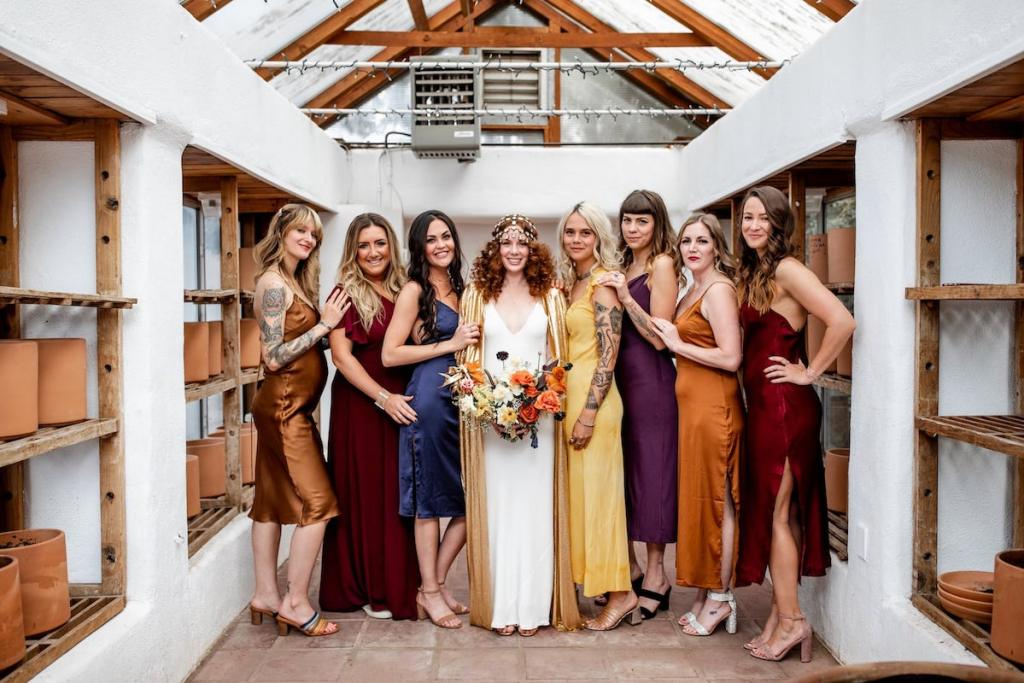 how to choose multicolored bridesmaid dresses