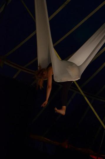 """Toe-play"" Performance at the CirkOOH CirkAAH festival at Leuven, Belgium"