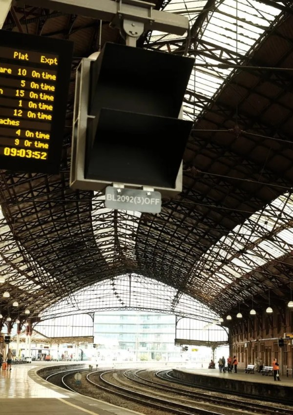 Train Travel in the UK | How to Book Tickets & Use the Trains