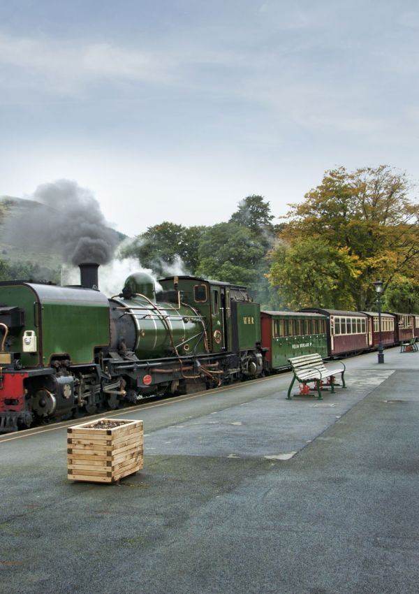 10 Sensational UK Heritage Railways You Will Love!