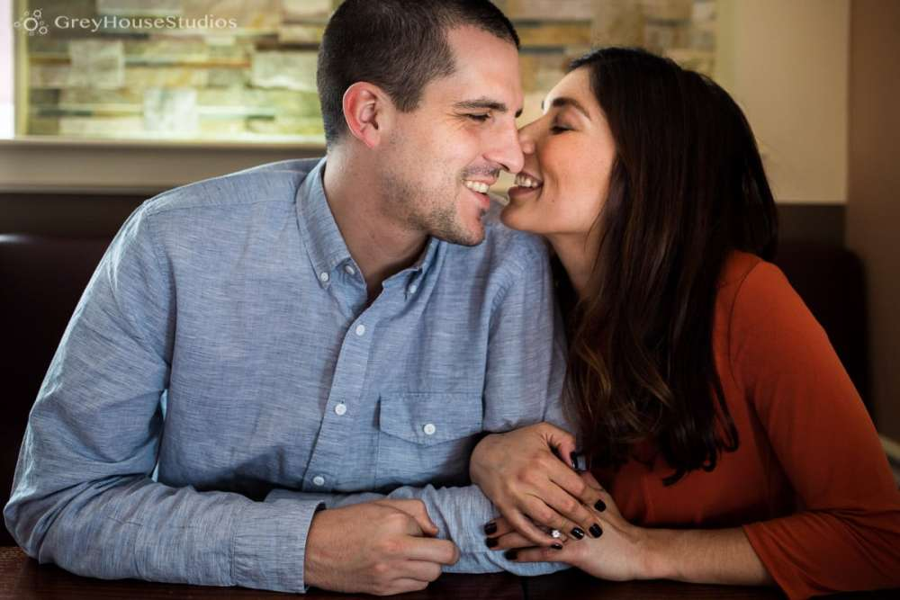 Salute-Bushnell-Park-hartford-Engagement-photos-Sarah-Ryan-greyhousestudios-002