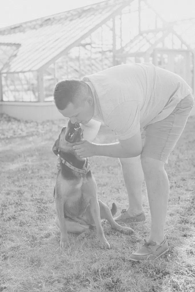 Dog love - Summer Engagement Session inspiration - Neutrals, Blues, Flowy Dress - Floral Print Navy - Grey Loft Studio - Ottawa Wedding Photographer - Wedding Videographer - Fun, Natural, Bright Photo Video Team. - Photographe - Greyloft - Ottawa Engagement Pictures