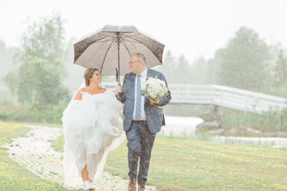 Raining on Wedding Day - Bride & Groom Formal Portraits - Detail Photos for Micro Wedding - Ideas for what to wear for Wedding Photography, Modern Wedding Inspiration. Romantic Micro Wedding Orchard view - Grey Loft Studio is Ottawa's Wedding and Engagement Photographer for Real couples, showcasing photos that are modern, bright, and fun. Petite Wedding, Elopement Wedding, COVID Wedding Inspiration 2020