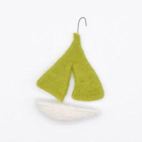 grey-wren-studio-kirsties-handmade-christmas-sailboat-01R