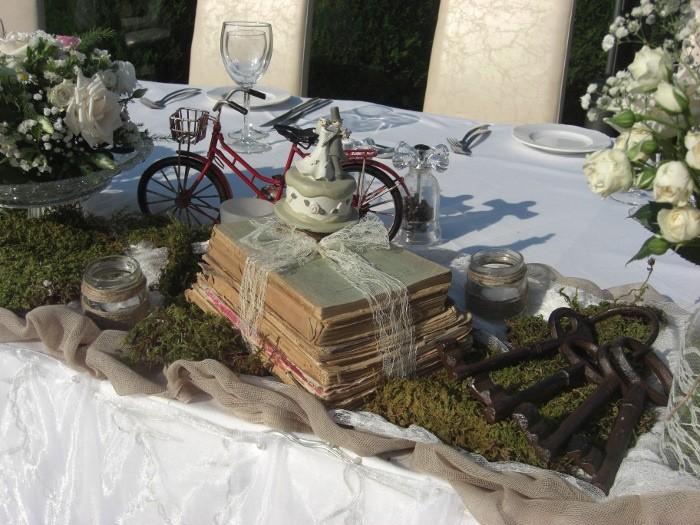 """Στολισμός γάμου  vintage στο κτήμα «Αλσος Νυμφών"""""""