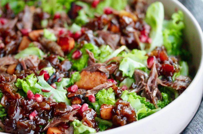 Salat með stökku andalæri og volgri beikon vinagrette
