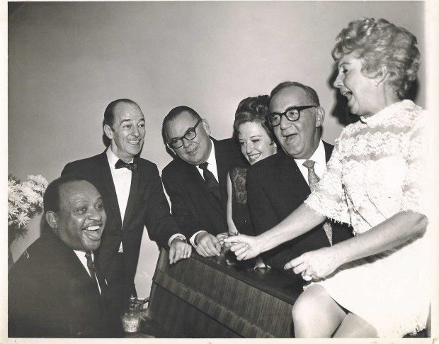 1958- (Reunion) Lionel Hampton, Bobby Hacket, Chris Griffin, Helen Ward, Benny Goodman & Martha Tilton