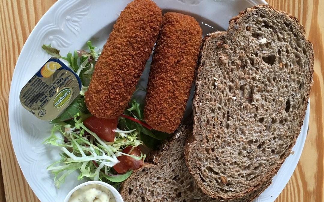 Wat is erger: broodje kroket of ciabatta met tonijnsalade?