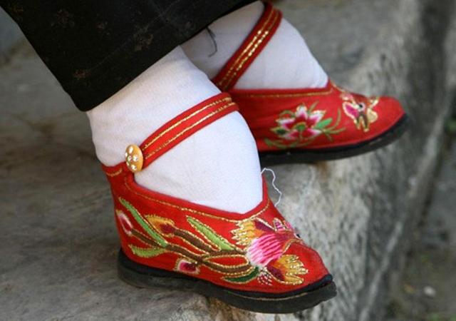 pied bandé chine