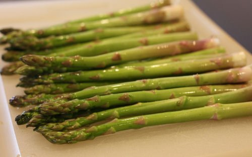 How to grill asparagus - Grilling24x7.com