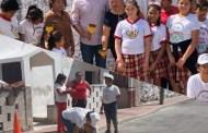 Cínico el alcalde de Dzilam González, presume una obra que no hizo