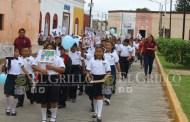 Niños y adolescentes de Motul promueven sus derechos, con una marcha