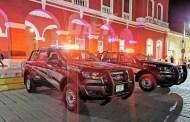 Roger Aguilar entrega dos patrullas nuevas a la dirección de seguridad pública