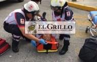 Vuelca y resulta herido, por esquivar una moto que le cerró el paso, en la vía Mérida-Cancún