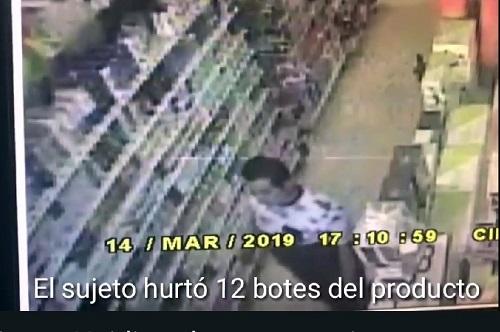 Graban a un ladrón de Oxkutzcab, cuando robaba 12 botes de shampoo (VÍDEO)
