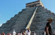 Turistas abarrotan Chichén Itzá y Uxmal