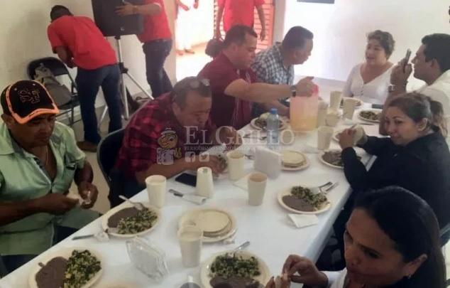 """Un diputado federal se pasa por al arco del triunfo a """"Lechitas"""" y a MORENA"""
