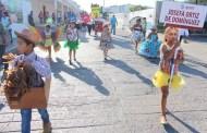 Con un desfile, la Comuna de Motul conmemora el