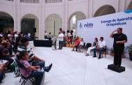 Los actos públicos municipales se interpretarán en lenguaje de señas, afirma Renán Barrera