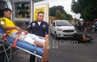 Por volarse un alto atropella y lesiona a un motociclista, en Izamal