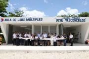 "Renán Barrera entregó un aula de usos múltiples en la primaria ""José Vasconcelos"