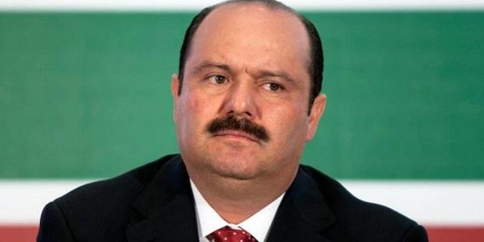 """""""César Duarte, está en EE.UU"""", dijo el mandatario estatal Javier Corral"""