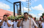 Con fe y devoción, decenas de personas acudieron a mostrarle su gratitud a la Virgen de Motul