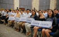 Yucatecos reciben el Premio Estatal de la Juventud 2019