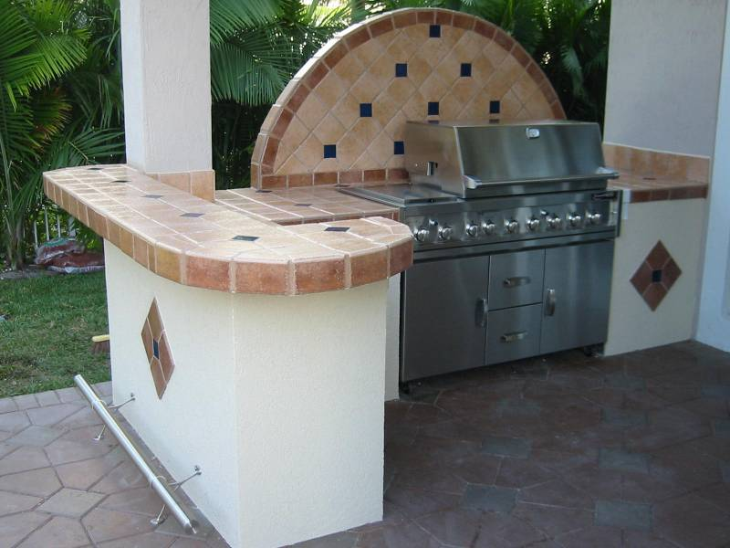 Outdoor Kitchen Design Images   GRILL REPAIR COM barbeque grill parts outdoor kitchen with built in bbq grill on cart