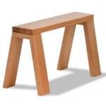 重ねて収納できる!屋外でも使えるシンプルな無垢材オイル仕上げのベンチ