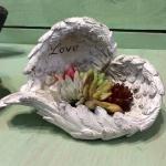 ネルソルで多肉植物の寄せ植え作り。天使の羽ハンギングタブロー