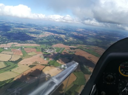 4000ft in an ask-23 glider in the Cotswolds Picture by member Tender https://www.youtube.com/channel/UCYJKJgP7EBZRuzzWdSHrrGQ