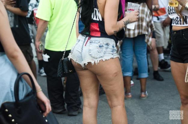 jean cut off booty shorts
