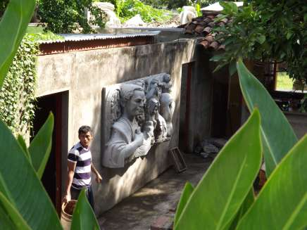 Sculpture and Artist Granada, Nicaragua